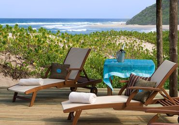 The final night of the Turtle Tracks tour, Thonga Beach Lodge – pure barefoot luxury.