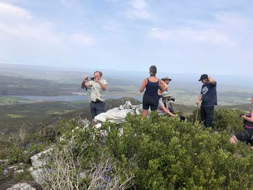 Summit of Grootberg – 409m above sea-level, is the highest point of the Fynbos trail and offers spectacular 360° views with the Uilkraals Valley and Dyer Island to the south, the Kleinriviersberge to the north, and Walker Bay and Hermanus to the west